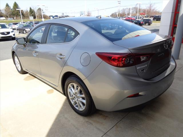 Pre-Owned 2015 Mazda3 TOURING